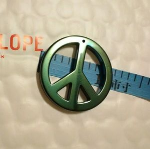 Jewelry - Peace sign 1 inch tall Pendant w/hole for necklace